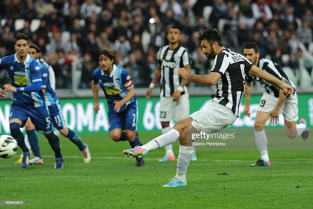 <a gi-track='captionPersonalityLinkClicked' href=/galleries/search?phrase=Mirko+Vucinic&family=editorial&specificpeople=860475 ng-click='$event.stopPropagation()'>Mirko Vucinic</a> of Juventus scores the opening goal from the penalty spot during the Serie A match between Juventus and Pescara at Juventus Arena on April 6, 2013 in Turin, Italy.