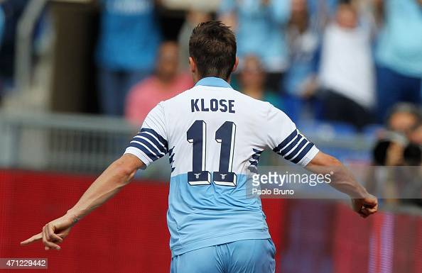 Miroslav Klose of SS Lazio celebrates after scoring the opening goal during the Serie A match between SS Lazio and AC Chievo Verona at Stadio...