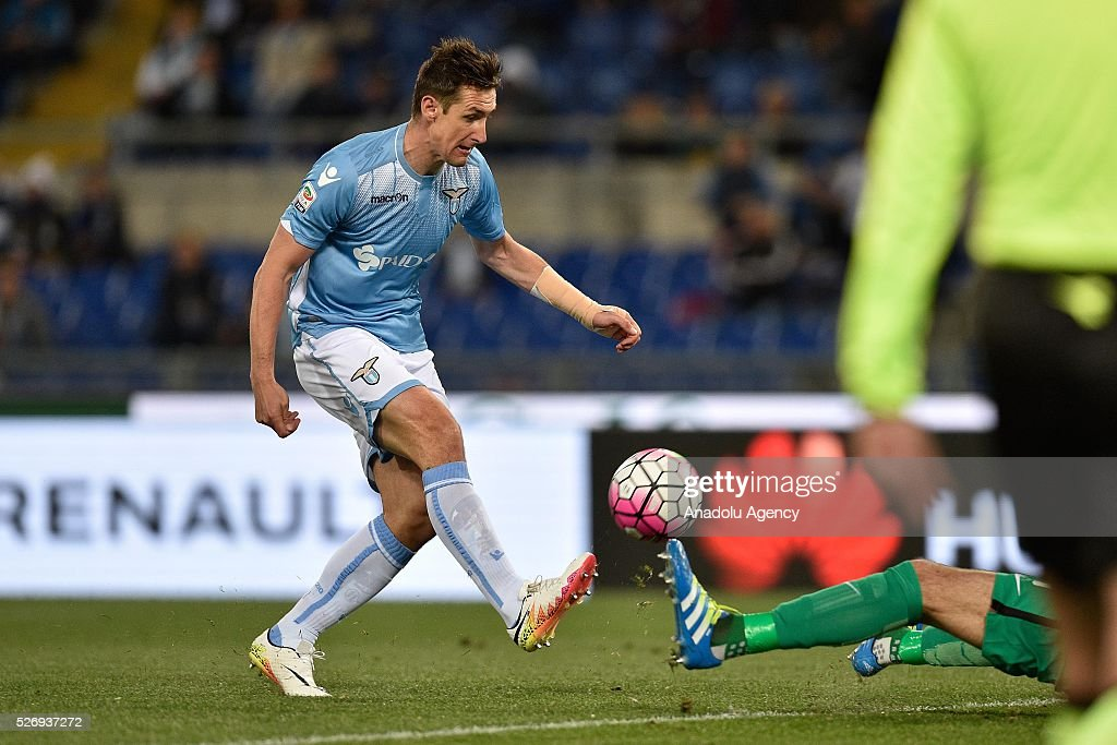 Miroslav Klose of SS Lazio in action during the Serie A match between SS Lazio and FC Internazionale Milano at Stadio Olimpico on May 1, 2016 in Rome, Italy.