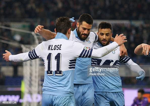 Miroslav Klose with his teammates of SS Lazio celebrates after scoring the third team's goal during the Serie A match between SS Lazio and ACF...