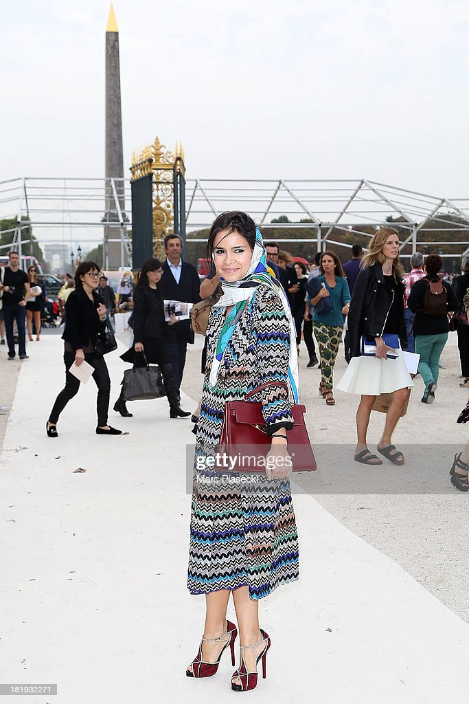<a gi-track='captionPersonalityLinkClicked' href=/galleries/search?phrase=Miroslava+Duma&family=editorial&specificpeople=7039024 ng-click='$event.stopPropagation()'>Miroslava Duma</a> arrives to attend the Nina Ricci show as part of the Paris Fashion Week Womenswear Spring/Summer 2014 on September 26, 2013 in Paris, France.