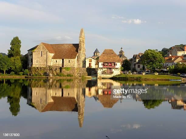 Mirror, Beaulieu-sur-Dordogne, Correze