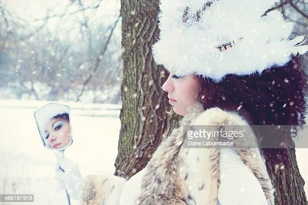 Miroir Concept.  Portrait d'hiver