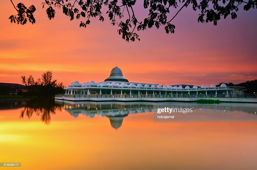 Mirror Reflection Of majestic mosque