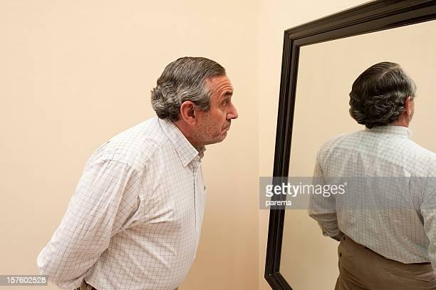 Espejo con Raro reflexión.