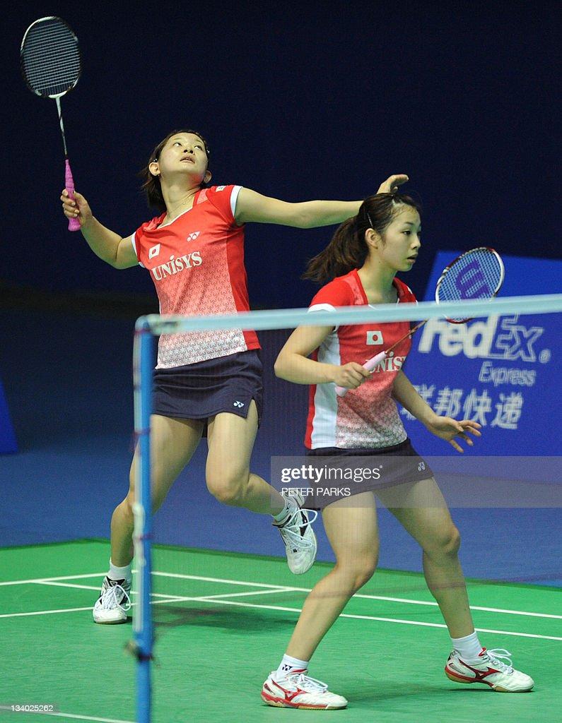 Misaki Matsutomo R and Ayaka Takahashi