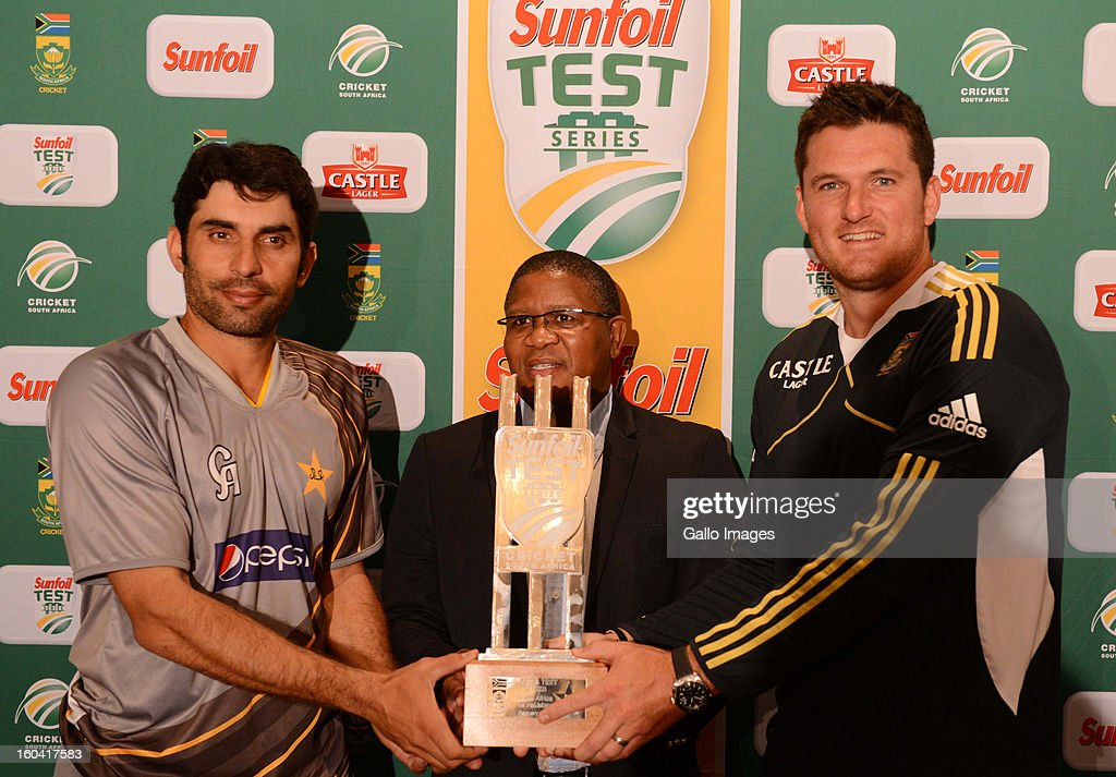 Misbah ul-Haq (Pakistan captain), <a gi-track='captionPersonalityLinkClicked' href=/galleries/search?phrase=Fikile+Mbalula&family=editorial&specificpeople=4462961 ng-click='$event.stopPropagation()'>Fikile Mbalula</a> (Minister of Sport and Recreation) and <a gi-track='captionPersonalityLinkClicked' href=/galleries/search?phrase=Graeme+Smith&family=editorial&specificpeople=193816 ng-click='$event.stopPropagation()'>Graeme Smith</a> pose with the trophy at the South African National cricket team press conference at Sandton Sun Hotel on January 31, 2013 in Johannesburg, South Africa.