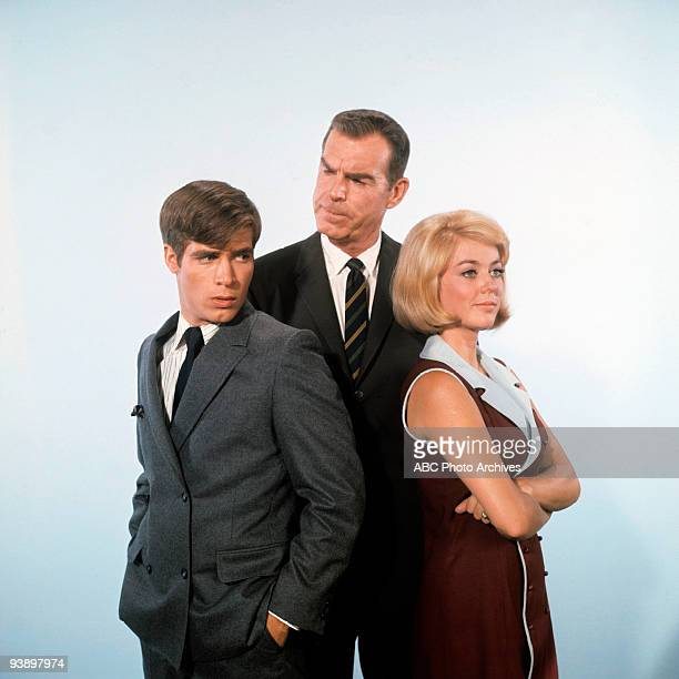 SONS 'Misc' 1968 Don Grady Fred MacMurray Tina Cole