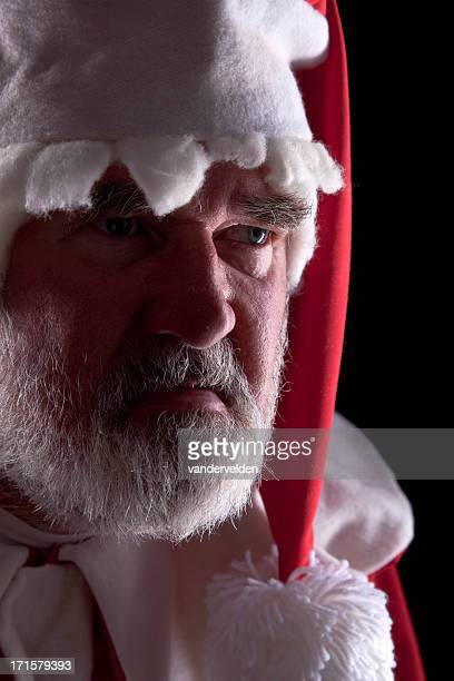 Désolante Santa dans un Costume de maison
