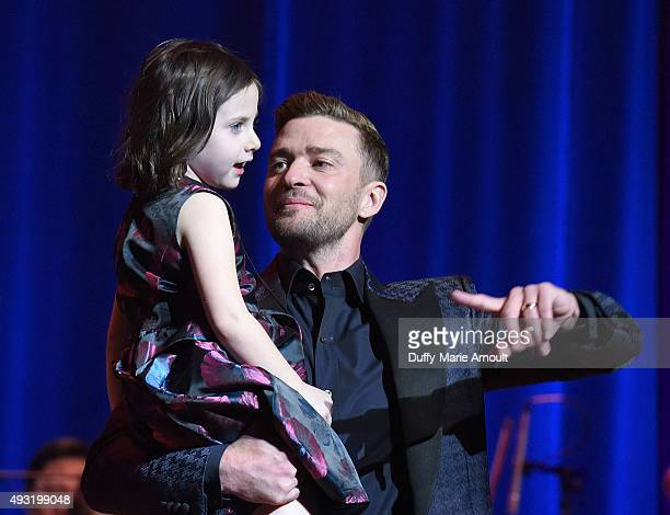 Misha BregerDevlin and singer Justin Timberlake during the Memphis Music Hall of Fame Induction Ceremony at the Cannon Center on October 17 2015 in...