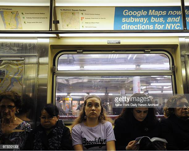 Misleading Google map on the Shuttle train along 42nd street