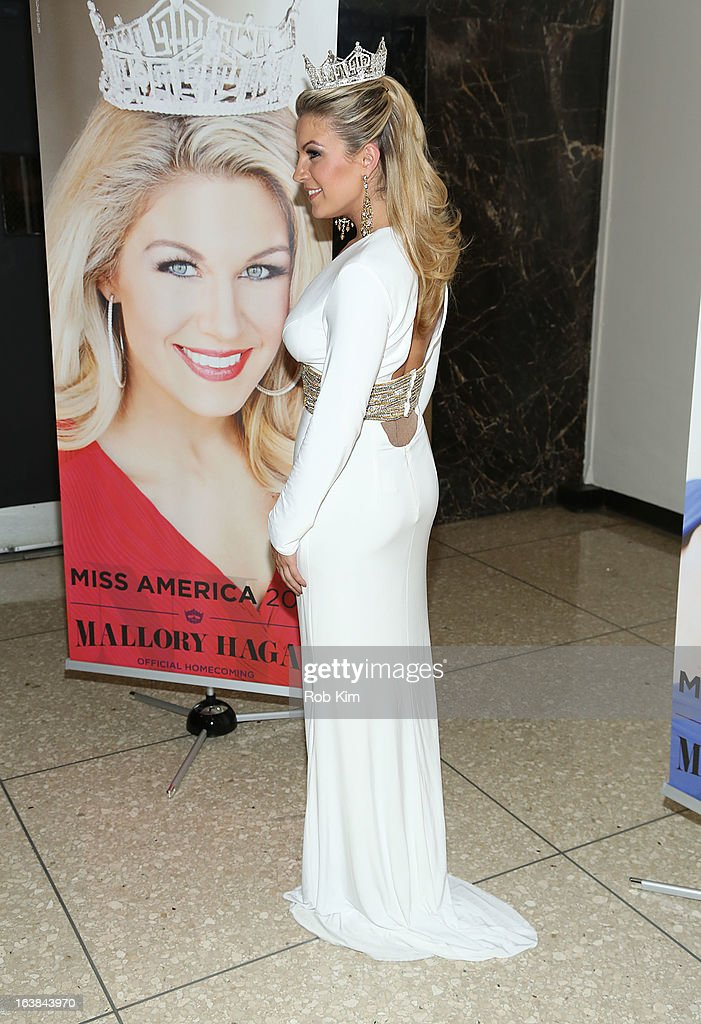 Miss America 2013 <a gi-track='captionPersonalityLinkClicked' href=/galleries/search?phrase=Mallory+Hagan&family=editorial&specificpeople=9408105 ng-click='$event.stopPropagation()'>Mallory Hagan</a> attends the Miss America 2013 <a gi-track='captionPersonalityLinkClicked' href=/galleries/search?phrase=Mallory+Hagan&family=editorial&specificpeople=9408105 ng-click='$event.stopPropagation()'>Mallory Hagan</a> Official Homecoming Celebration at The Fashion Institute of Technology on March 16, 2013 in New York City.