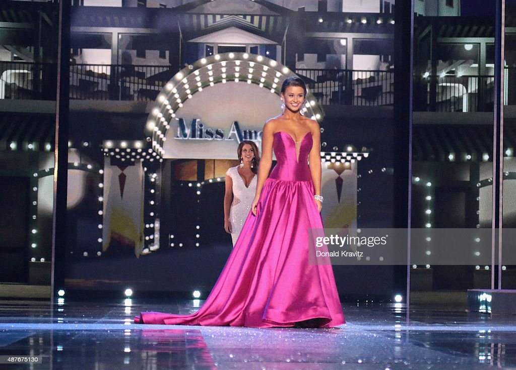 Miss Delaware Brooke Mitchell attends the Thursday Night Preliminaries 2016 Miss America Competition at Atlantic City Boardwalk Hall on September 10...