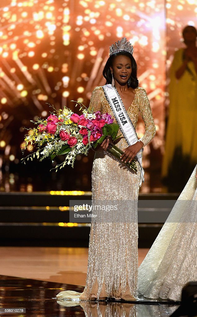 Deshauna Barber - Deshauna Barber (USA 2016) Miss-district-of-columbia-usa-2016-deshauna-barber-reacts-as-she-is-picture-id538310278