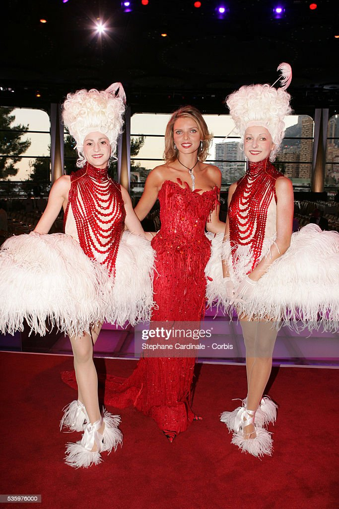 Miss France 2002 Sylvie Tellier.