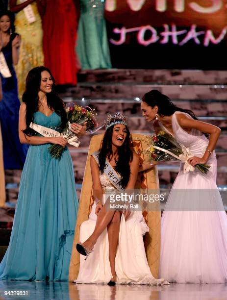 Miss Gibraltar Kaiane Aldorino is crowned Miss World 2009 with runner up Miss Mexico Perla Beltran Acosta and 3rd place finisher Miss South Africa...