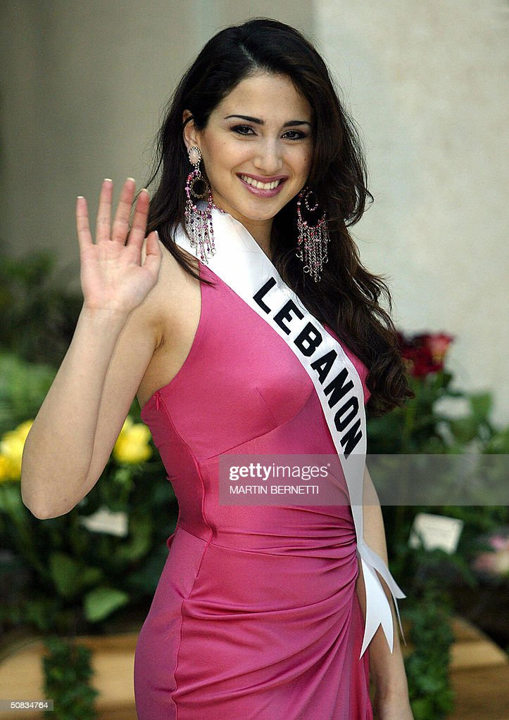 Miss Lebanon Marie Jose Hnein poses to photographers, 13 May 2004 in Quito. The Miss Universe 2004 contest will take place 01 June 2004. AFP PHOTO/Martin BERNETTI
