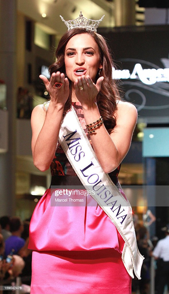 Miss Louisiana Lauren Vizza introduced at the 2013 Miss America Pageant 'Meet and Greet' Fashion Show at the Fashion Show mall on January 5, 2013 in Las Vegas, Nevada.