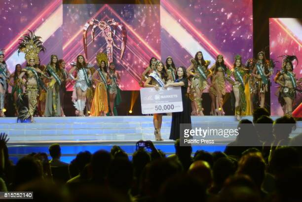 Miss Mandaluyong Marie Sherry Ann Tormes wins Miss SM award Miss Earth Philippines coronation night happened at SM Mall of Asia Arena