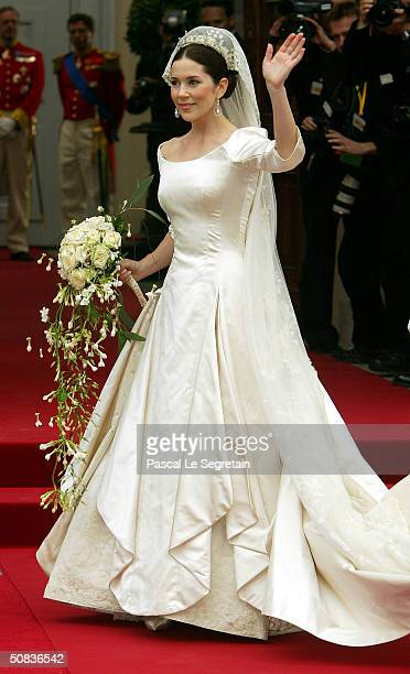 Miss Mary Elizabeth Donaldson arrives to marry Danish Crown Prince Frederik at Copenhagen Cathedral May 14 2004 in Copenhagen Denmark The romance...