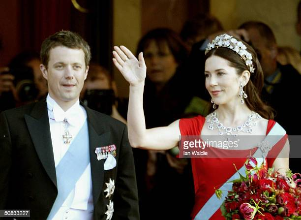 Miss Mary Elizabeth Donaldson waves as she and Danish Crown Prince Frederik arrive to a Gala Performance in their honor at the Royal Theatre on May...