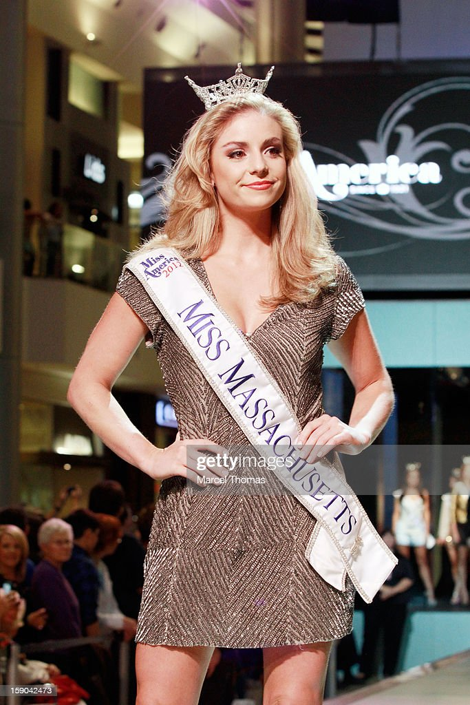 Miss Massachusetts Taylor Kinzler introduced at the 2013 Miss America Pageant 'Meet and Greet' Fashion Show at the Fashion Show mall on January 5, 2013 in Las Vegas, Nevada.