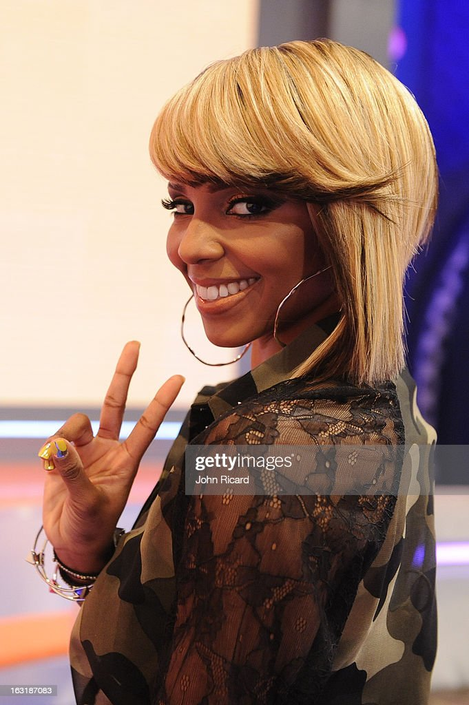 <a gi-track='captionPersonalityLinkClicked' href=/galleries/search?phrase=Miss+Mykie&family=editorial&specificpeople=9784725 ng-click='$event.stopPropagation()'>Miss Mykie</a> at BET's '106 & Park' at BET Studios on March 4, 2013 in New York City.