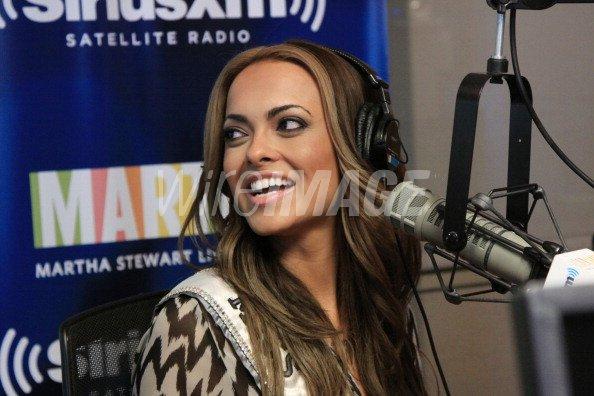 Miss Nevada Jade Kelsall invades The Whoolywood Shuffle at