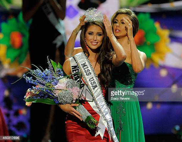 Miss Nevada Nia Sanchez is crowned Miss USA during the 2014 Miss USA Competition at The Baton Rouge River Center on June 8 2014 in Baton Rouge...