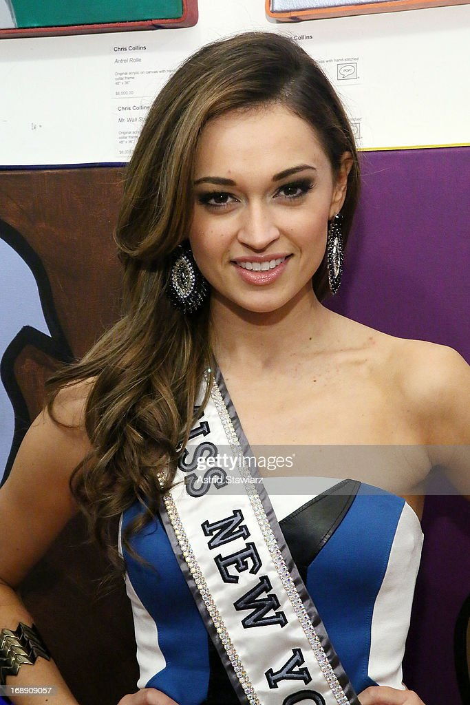 Miss New York USA 2013, <a gi-track='captionPersonalityLinkClicked' href=/galleries/search?phrase=Joanne+Nosuchinsky&family=editorial&specificpeople=10166606 ng-click='$event.stopPropagation()'>Joanne Nosuchinsky</a> attends Chris Collins 'Top Dogs' VIP Reception on May 16, 2013 in New York, United States.