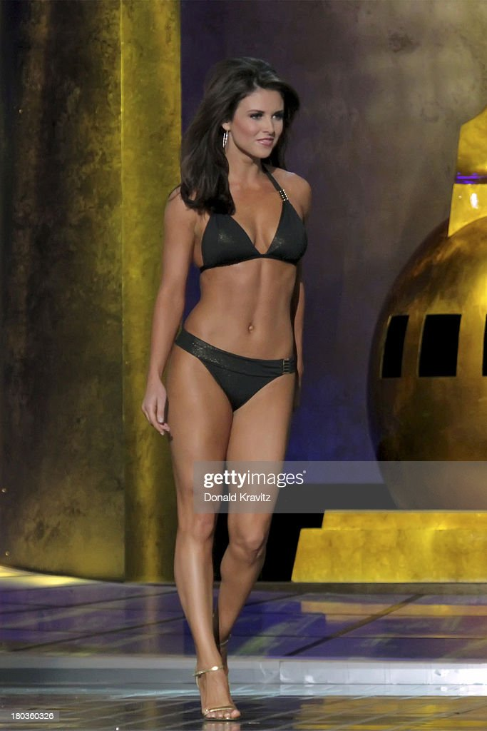 Miss Oklahoma, Kelsey Griswold, was the preliminary Lifestyle and Fitness winner as she attends 2014 Miss America News Competition - Preliminary Round 1 at Atlantic City Boardwalk Hall on September 11, 2013 in Atlantic City, New Jersey.
