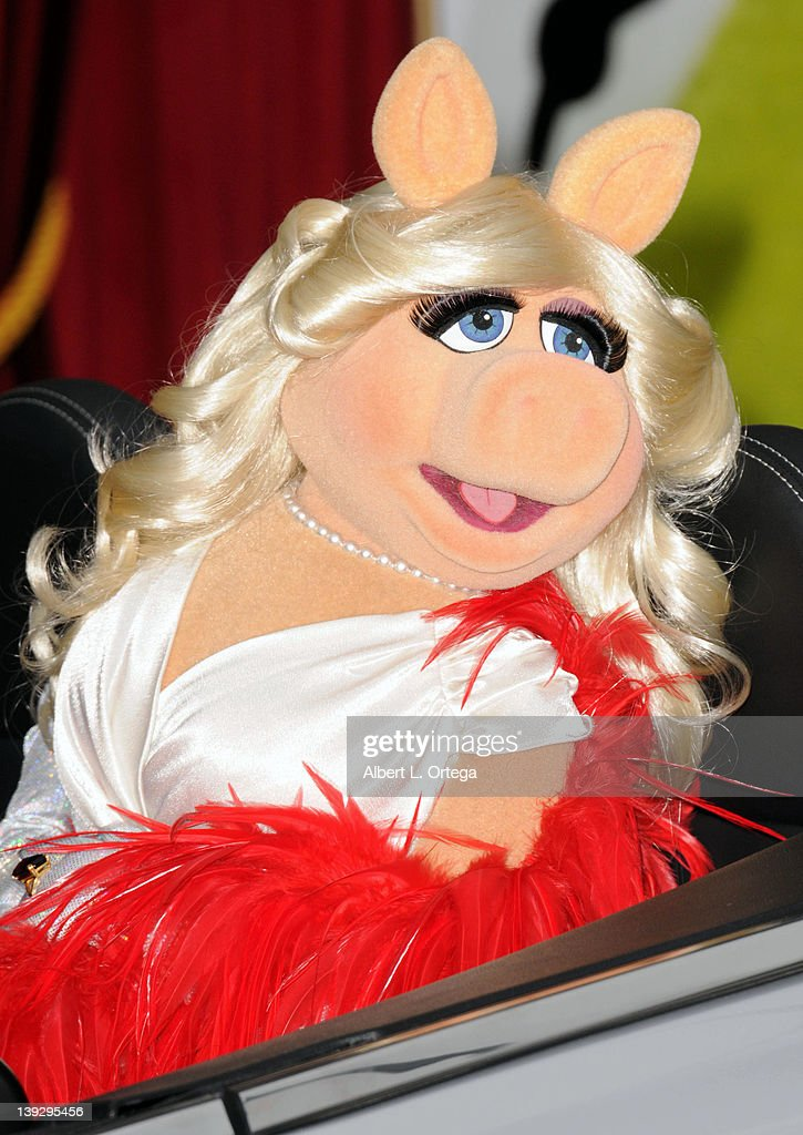 Miss Piggy arrives for 'The Muppets' Los Angeles Premiere held at the El Capitan Theatre on November 12, 2011 in Hollywood, California.