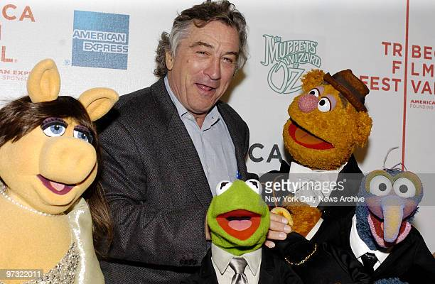 Miss Piggy Robert De Niro Kermit the Frog Fozzie Bear and Gonzo attend the premiere of 'The Muppets' Wizard of Oz' at the Tribeca Family Festival