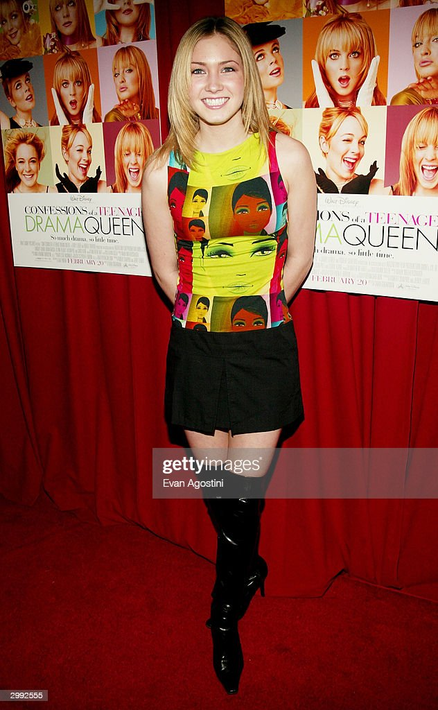 Miss Teen USA 2003 Tami Farrell attends the 'Confessions Of A Teenage Drama Queen' premiere on February 17, 2004 at the Loews E-Walk Theater, in New York City.