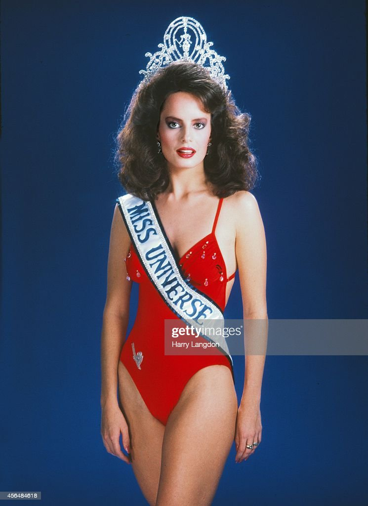 Miss Universe 1987 <a gi-track='captionPersonalityLinkClicked' href=/galleries/search?phrase=Cecilia+Bolocco&family=editorial&specificpeople=2147838 ng-click='$event.stopPropagation()'>Cecilia Bolocco</a> poses for a portrait in 1987 in Los Angeles, California.