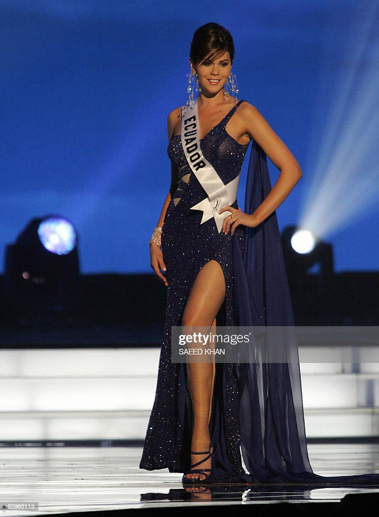 Miss Universe 2005 contestant Miss Ecuado Ximena Zamora poses for photograph during the first round of judging in the swimwear and evening gown competition in Bangkok, 26 May 2005. The reigning Miss Universe, Jennifer Hawkins from Australia, will crown her successor in Bangkok before thousands of journalists and spectators on May 31. AFP PHOTO/ SAEED KHAN
