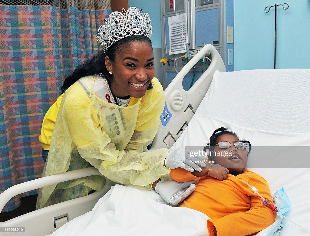 Miss Universe Leila Lopes Visits The NewYork-Presbyterian Morgan Stanley Children's Hospital