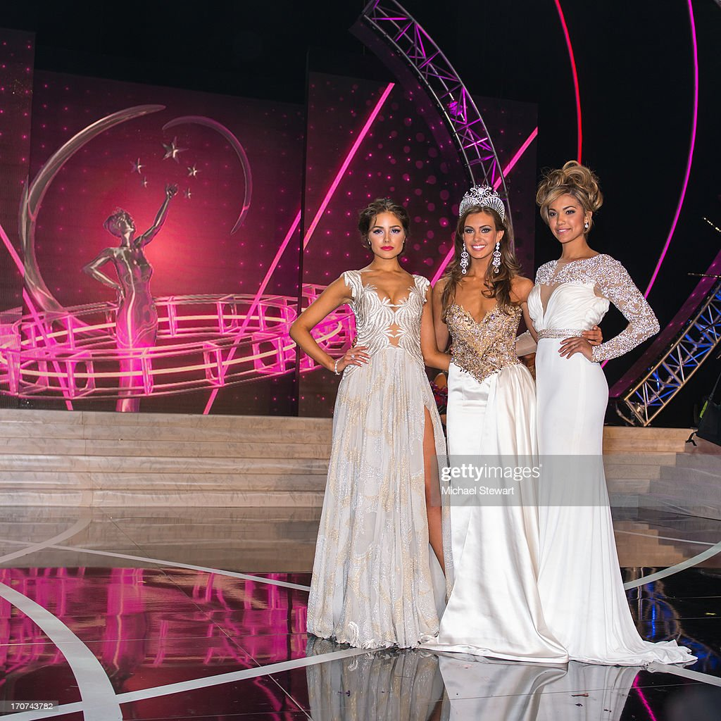 Miss Universe 2012 <a gi-track='captionPersonalityLinkClicked' href=/galleries/search?phrase=Olivia+Culpo&family=editorial&specificpeople=9194131 ng-click='$event.stopPropagation()'>Olivia Culpo</a>, and Miss Teen USA 2012 Logan west pose with Miss Connecticut USA Erin Brady poses onstage after winning the 2013 Miss USA pageant at PH Live at Planet Hollywood Resort & Casino on June 16, 2013 in Las Vegas, Nevada.