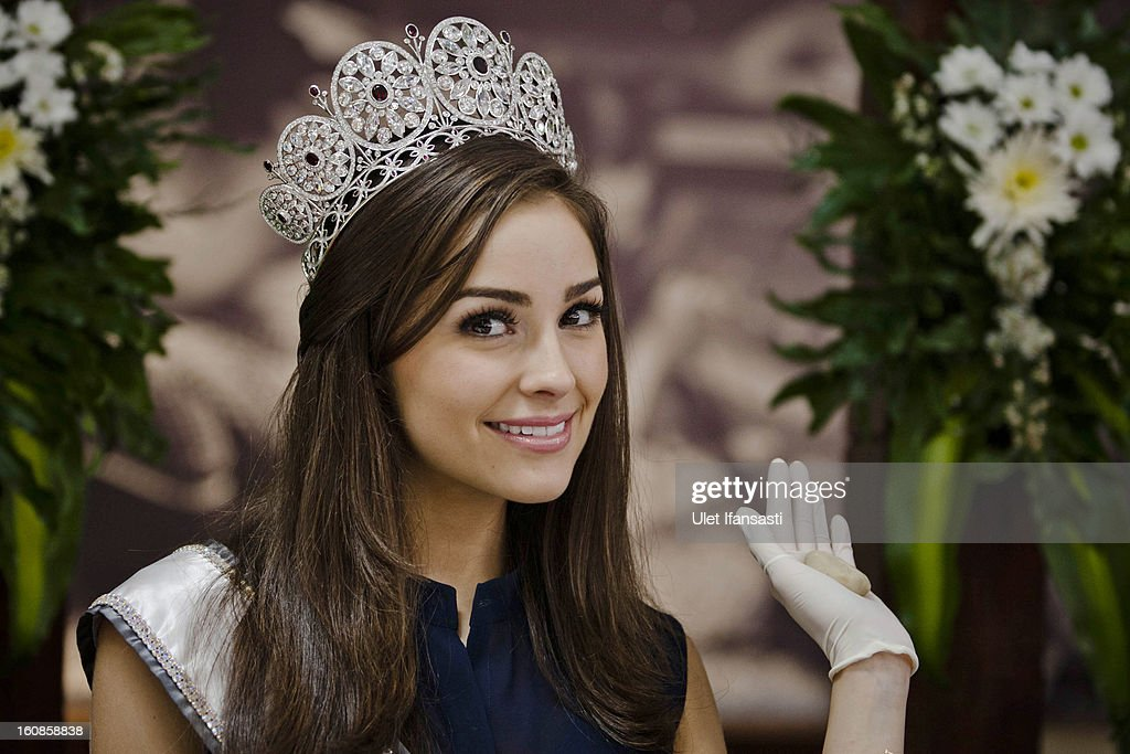 Miss Universe 2012, Olivia Culpo, poses during her visit to D'java Bakpia store on February 7, 2013 in Yogyakarta, Indonesia. Olivia Culpo, a beauty pageant contestant from the United States, was crowned Miss Universe in 2012.