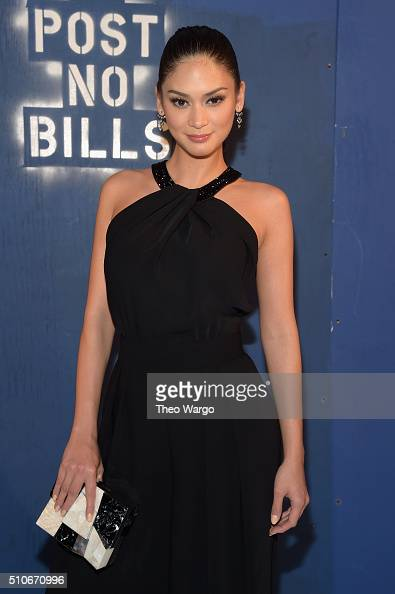 Miss Universe 2015 Pia Wurtzbach attends the Alice Olivia By Stacey Bendet Arrivals at The Gallery Skylight at Clarkson Sq on February 16 2016 in New...