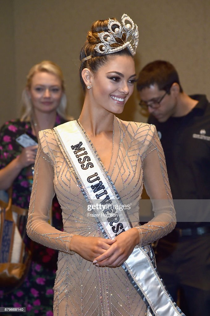 RUMBO A MISS UNIVERSE SPAIN 2017 Miss-universe-2017-demileigh-nelpeters-appears-in-the-press-room-the-picture-id879868140?k=6&m=879868140&s=612x612&w=0&h=WJLHWEt6TmDg0Kj6UkmjZEFYbg1a0cLpqFbg_y_DSOw=