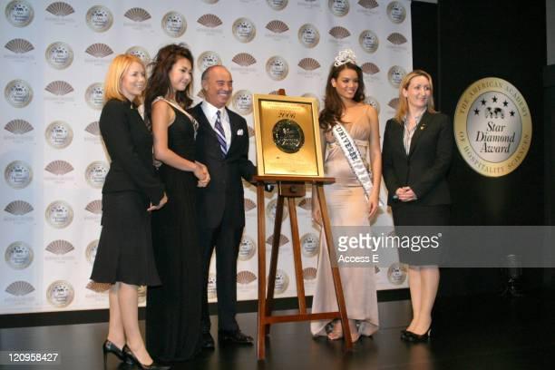 Miss Universe Japan 2006 Kurara Chibana Joseph D Cinque and Miss Universe 2006 Zuleyka Rivera Mendoza and award recepients