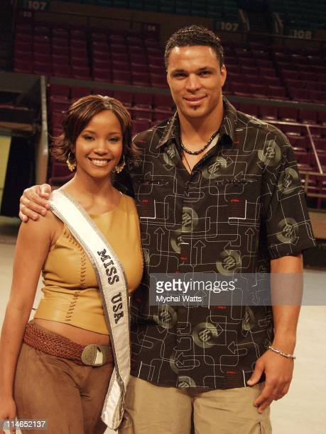 Miss USA 2002 Shauntay Hinton Tony Gonzales during Knicks City Dancers Tryouts at Madison Square Garden in New York City New York United States