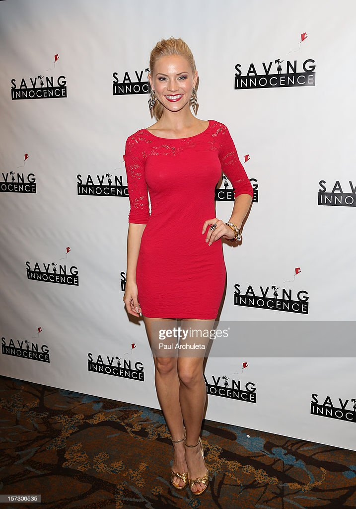 Miss USA 2009 / Actress Kristen Dalton attends the 'Hope...Pass It On' Gala at the Sofitel Hotel on December 1, 2012 in Los Angeles, California.