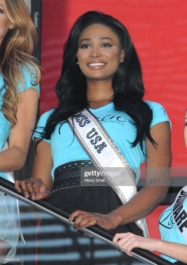 Miss USA 2012 <a gi-track='captionPersonalityLinkClicked' href=/galleries/search?phrase=Nana+Meriwether&family=editorial&specificpeople=4594046 ng-click='$event.stopPropagation()'>Nana Meriwether</a> appears at the D Las Vegas for a meet and greet and autograph signing on June 7, 2013 in Las Vegas, Nevada.