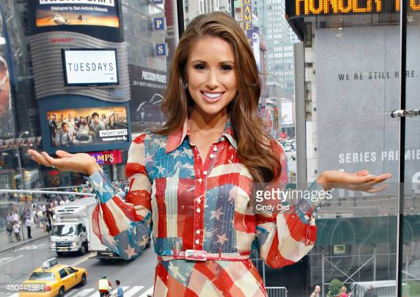 Miss USA 2014 Nia Sanchez visits 'Extra' at their New York studios at HM in Times Square on June 11 2014 in New York City