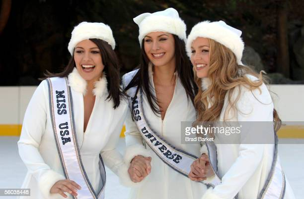 **EXCLUSIVE** Miss USA Chelsea Cooley Miss Universe Natalie Glebova and Miss Teen USA Allie LaForce shoot their christmas card at Wollman rink in...