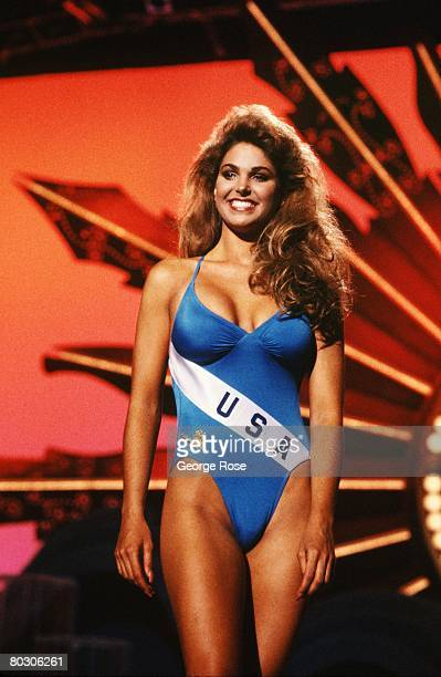 Miss USA Gretchen Polhemus poses in a onepiece bathing suit during the 1989 Cancun Mexico live telecast of the Miss Universe Pageant Polhemus was...