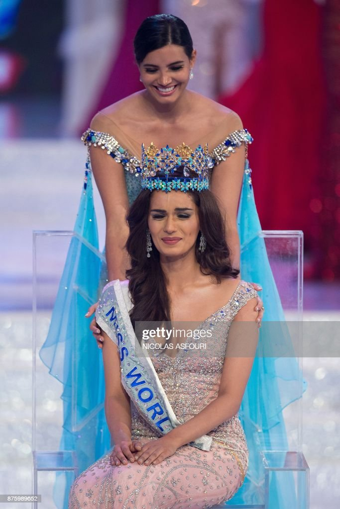 The Official Thread of Miss World 2017 ® Manushi Chhillar - India - Page 2 Miss-world-2016-stephanie-del-valle-comforts-an-emotional-miss-india-picture-id875989652