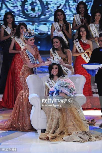 Miss World Mireia Lalaguna from Spain accompanied by Miss Indonsia 2015 Maria Harfanti crowns Miss Indonesia 2016 Natasha Mannuela during the grand...